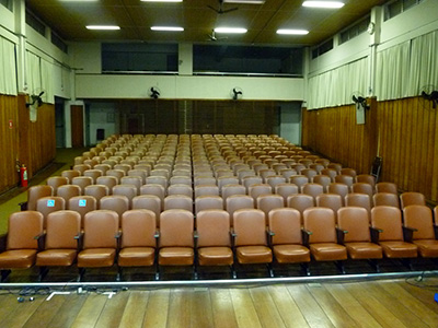 pequeno auditorio plateia